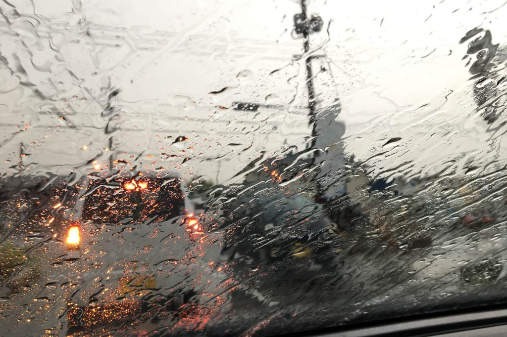 4 Simple Ways to Protect Your Windscreen | Instant Windscreens