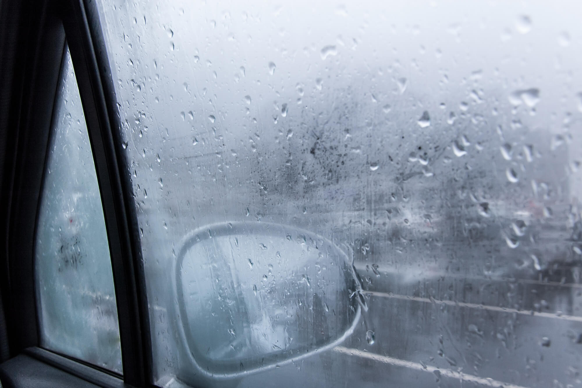 How to Keep Your Car Windows From Fogging up in the Winter | Instant Windscreens
